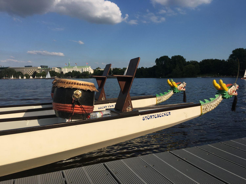 Hamburg Alster. Heimat des Drachenbootzentrums